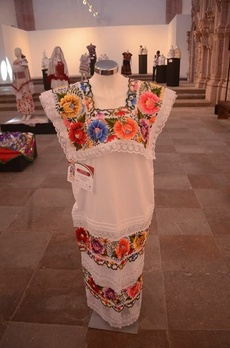 EMBROIDERIES OF MEXICO
